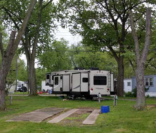 Woodland Village RV Park RV Sites And Mobile Home Rentals Close